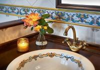 Detalle del baño habitación-suite